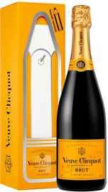Шампанское белое брют «Veuve Clicquot Brut» в подарочной упаковке (послание-магнит)