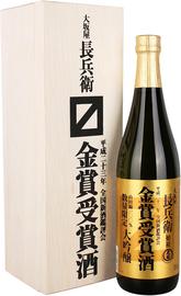 Саке «Ozeki Gold Medal Daiginjo Osakaya Chobei» в подарочной упаковке
