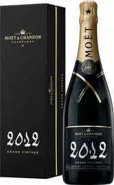 Шампанское белое экстра брют «Moet & Chandon Grand Vintage» 2012 г., в подарочной упаковке