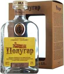 Напиток спиртной зерновой дистиллированный купажированный «Полугар Русская Рюмочная №1» в подарочной упаковке