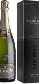 Вино игристое белое экстра брют «Ferrari Perle Nero» 2010 г., в подарочной упаковке