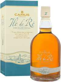 Коньяк французский «Camus Ile de Re Fine Island» в подарочной упаковке