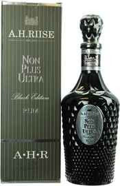 Ром «A H Riise Non Plus Ultra Black Edition» в подарочной упаковке