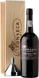 Портвейн «Fonseca Vintage 2007» в деревянной подарочной упаковке
