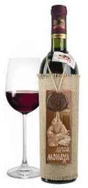 Вино столовое красное полусладкое «Душа Монаха» с деревянной этикеткой