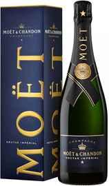 Шампанское белое полусладкое «Moet & Chandon Nectar Imperial Semi-Sweet» в подарочной упаковке