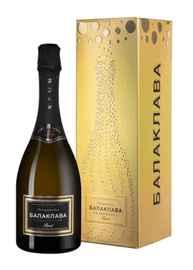 Вино игристое белое брют «Balaklava Chardonnay Brut» в подарочной упаковке