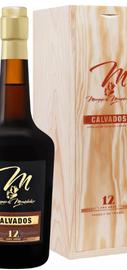 Кальвадос «Marquis De Montdidier 12 y.o. Calvados Spirit France Diffusion» в деревянной подарочной упаковке