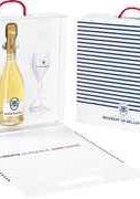 Шампанское белое брют «Brut Blanc De blancs Cuvee Des Moines Besserat De Bellefon, 0.75 л» в подарочной упаковке с 2-мя бокалами