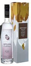 Водка «Artsakh Plum Artsakh Brandy Company» в подарочной упаковке