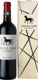 Вино красное сухое «Cheval Noir Saint-Emilion» 2015 г. в подарочной упаковке