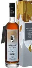 Бренди «Artsakh Mulberry Silver Artsakh Brandy Company» в подарочной упаковке