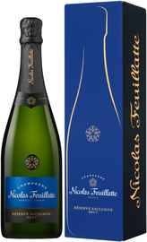 Шампанское белое брют «Brut Reserve Exclusive» в подарочной упаковке