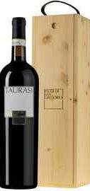 Вино красное сухое «Feudi di San Gregorio Taurasi» 2014 г. в деревянной коробке